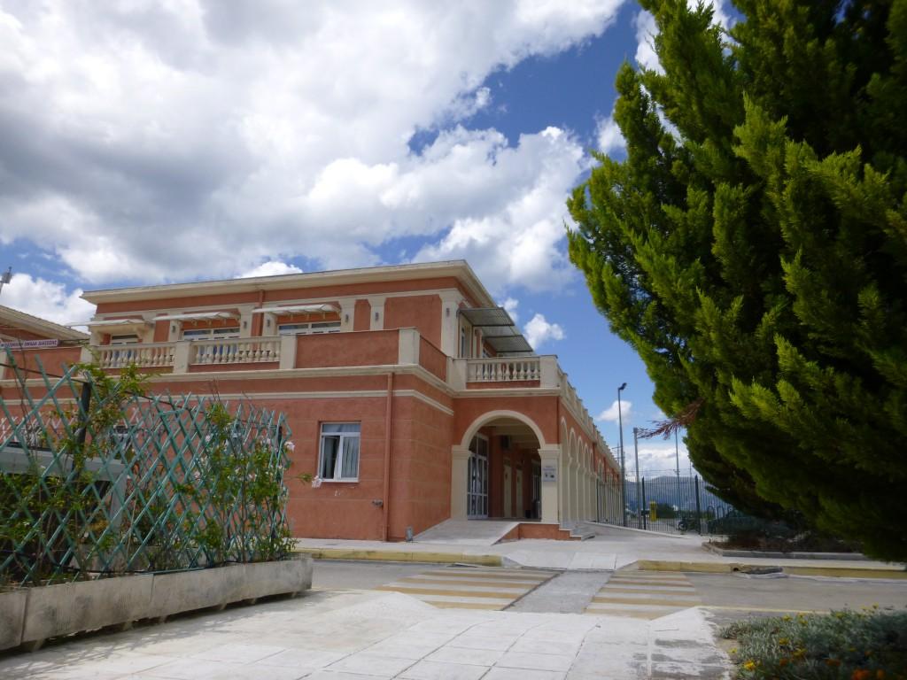Ferjeterminalen i Korfu by.